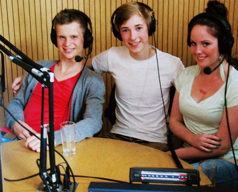 Popfarm-Sieger 'Express Yourself' 3 VON EUCH beim Radiointerview