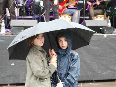Popfarm-Festival 'POP AID' 2012